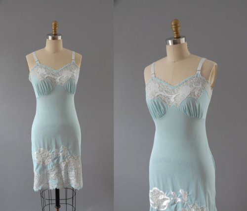 Another great 1960's slip