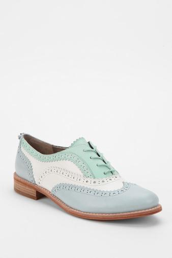 Women's Sam Edelman Jerome Oxford - these are just screaming at me...available in two other colors, available in peach-coral-silver-ivory combo and...