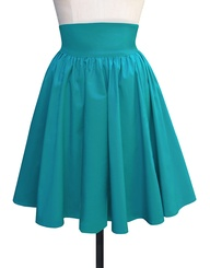 Trashy Diva's gathered mini skirt looks like the junior version of their high waisted 1940's skirt - perfect for the Groovie Movie look, as Jean's skirt was definitely above the knee.  Available in teal, purple, green, red, and black