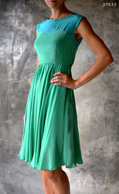 40's dress in aqua and green