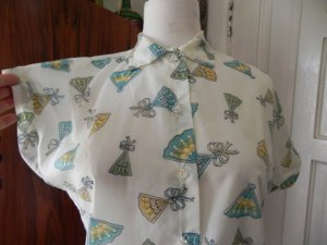 50's novelty print blouse