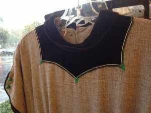 This neckline!  At Raleigh Vintage