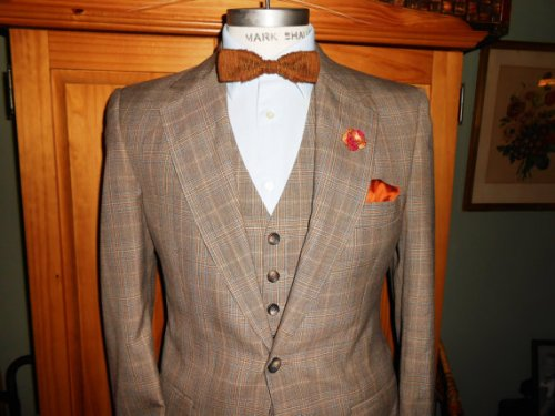 Three piece plaid suit - 70's, but nobody has to know... ;)