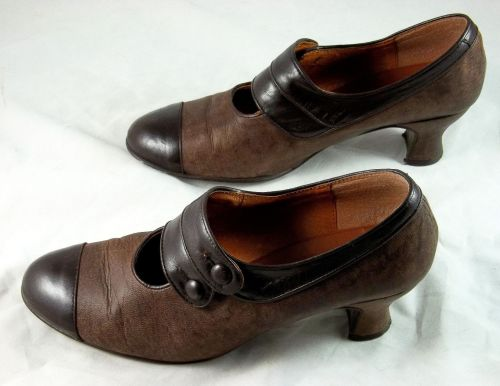 Brown Savoy heels, used, size 9.5, $29.99 starting bid