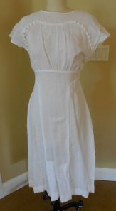 30's repro in white linen - how sweet is this?