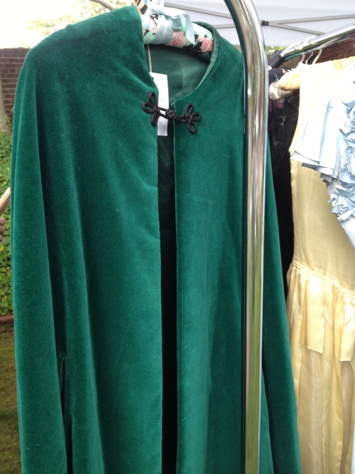 A gorgeous green cape from Machine Dance Vintage