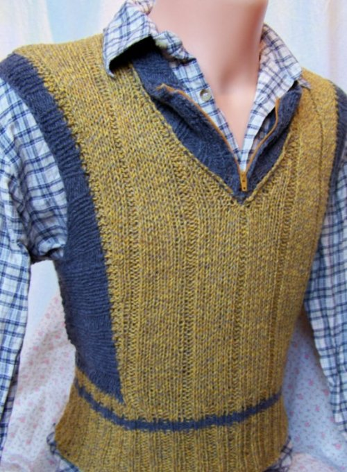 1930's style men's sweater vest, with a great V shape and clever zip top