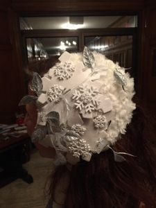 A close-up of the fascinator.