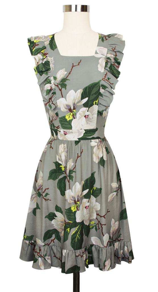 I love a pinafore dress!