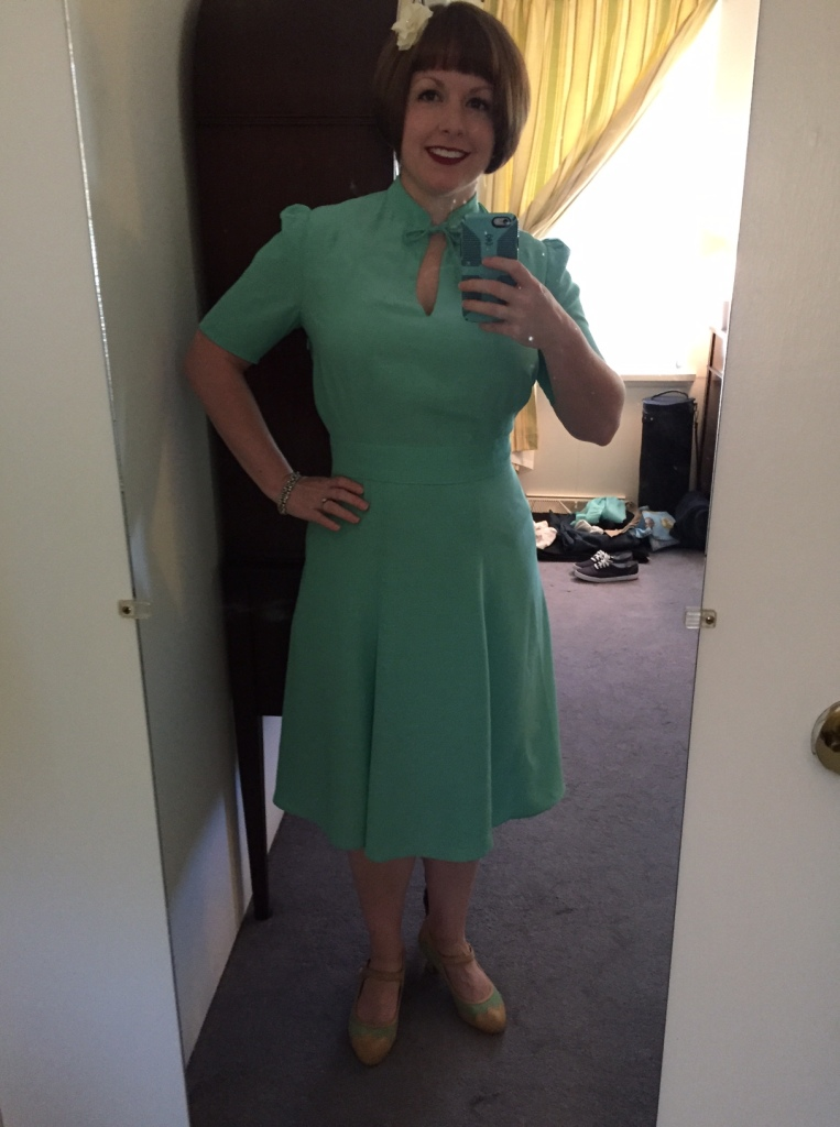 The classic mirror selfie - the fit is so good, I'm a very happy girl. :)