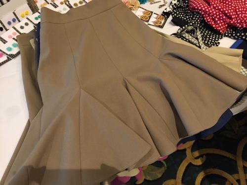 Trumpet skirt, Sugar Shaker style