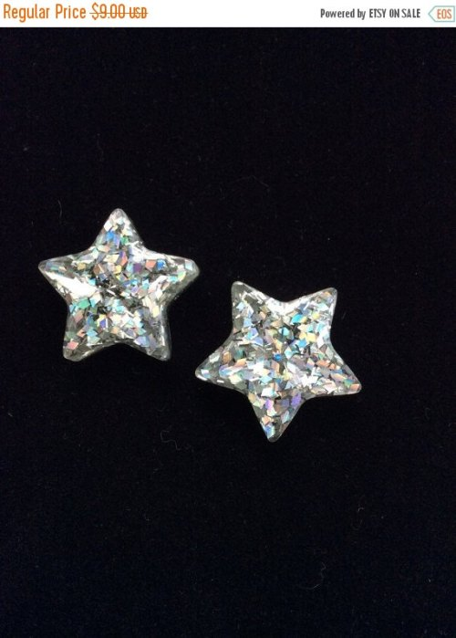 Sparkly star earrings that will go with everything!