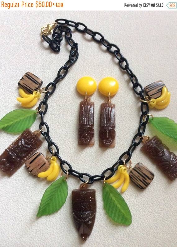 A tiki necklace and earrings set.